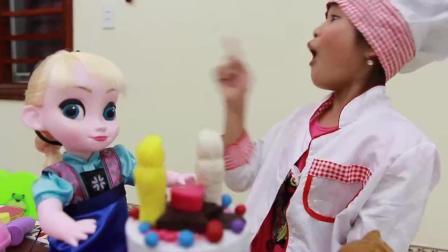 外国小萝莉 给芭比娃娃庆祝生日蛋糕 手工制作生日礼物