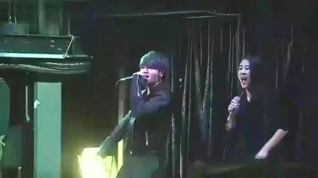 华晨宇携手张碧晨把这首歌改编的面目全非, 听完