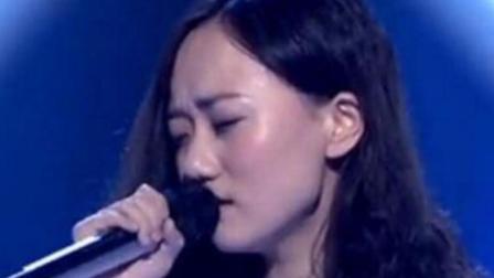 """张婧懿翻唱一首""""斑马斑马""""却唱火了原唱, 杨坤为其起立鼓掌"""