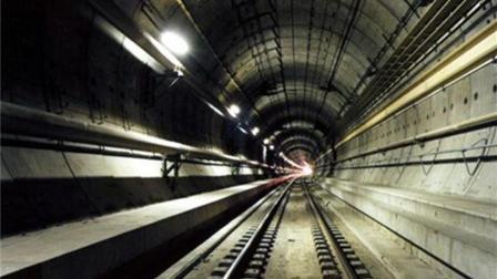 海底隧道究竟是怎么建成的? 这才明白了, 给伟大的工程师点赞!