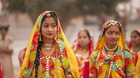 为何印度姑娘死活不愿意嫁到中国, 难道对我们中国的男人不满意?