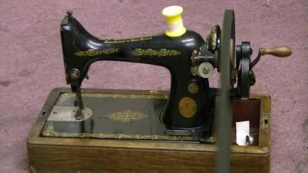 50年代老式缝纫机最高转速3000, 能把德国电机给熬死, 也是没谁了!