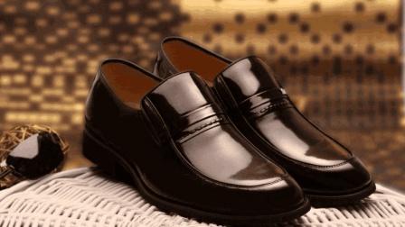 用这个擦皮鞋, 穿多久都像新的, 不用再买新皮鞋了!