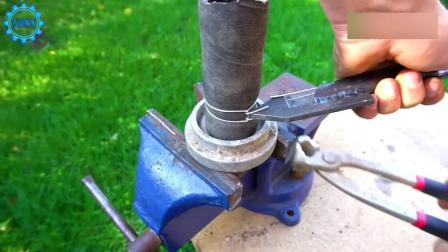 水电工发明这神器, 专门用来缠铁丝, 时间不快但效果很好