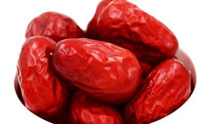 常吃红枣好处多, 但患有4种病的人, 不要多吃, 病情会加重