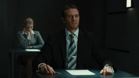求职者遇到怪面试, 只给一张白纸写字就淘汰, 悬疑片《终极面试》
