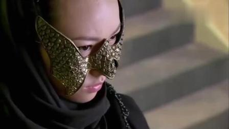 蛇蝎心肠的女人, 把手下喂给蛇吃, 看完愤怒
