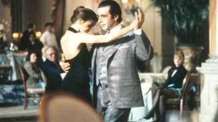 当这首经典的探戈乐在耳边响起, 仿佛置身欧洲的金色大厅和伯爵的女儿起舞