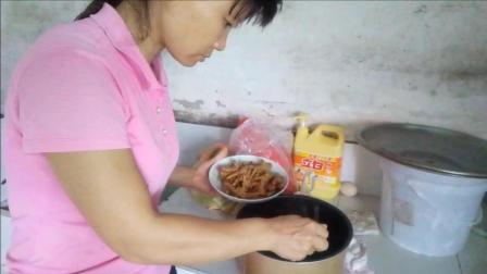 中国美食视频 生活印迹之卤鸡爪的家常做法 走过那片海美食视频