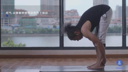 别看只是弯弯腰, 却能强健内脏器官, 使脊柱神经恢复活力