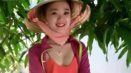 越南小贩在边境, 她们啥都卖, 唯独有一样东西让中国男性很尴尬