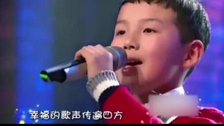 《天路》除了原唱, 唱的最好听的就是小孩子童声版了, 韩红都佩服