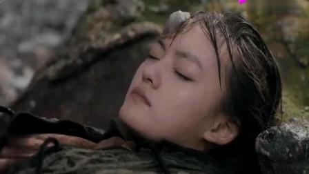 《天坑鹰猎》菜瓜落水昏迷, 张宝庆人工呼吸救菜瓜