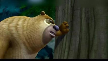 熊出没: 熊兄弟和蹦蹦用闪电看电视, 没想到劈中光头强了