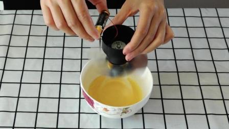 筷子打鸡蛋已经过时了, 教你自制电动打蛋器, 家家户户都需要