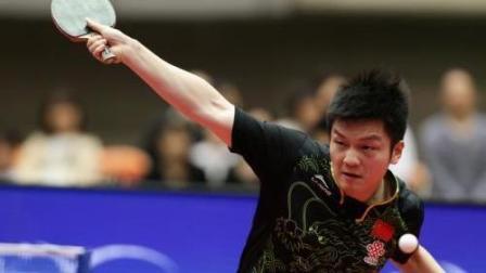 国乒亚运会遭比赛裁判刁难? 樊振东直接懵了, 刘国正只能干着急!