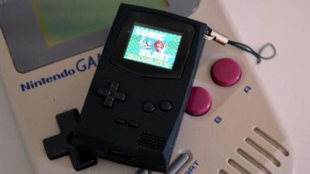 最迷你的游戏机, 屏幕还没拇指大, 却比智能机还贵!