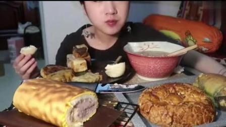中国吃播大胃王, 吃自制虎皮蛋糕、胡辣汤等, 甜配辣不会吃坏肚子吗