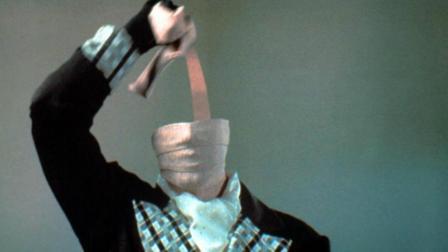小伙在实验室被辐射, 突然拥有了隐身超能力! 一部奇幻喜剧电影