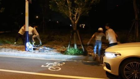 """""""宝马男""""与自行车男发生争执后被《正当防卫"""
