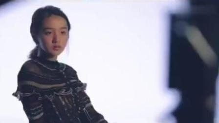 木村光希与妈妈同框摆POSE踩到妈妈的脚超尴尬!