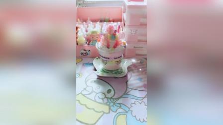 草莓糖果木糠杯