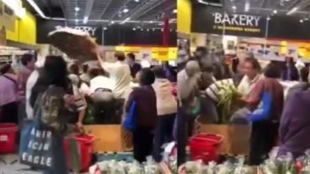 加拿大超市搞特价 中国大爷大妈疯抢玉米