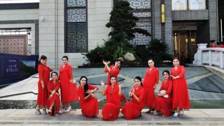 《祖国万岁》这支舞蹈, 我的姐妹们跳得太棒了
