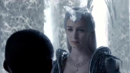 冰雪女王曾经很相信爱,自从男友毁了她的女儿后,性情大改变