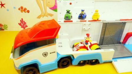 汪汪队立大功的超级大货车莱德和队员们在货车上玩耍有声玩具