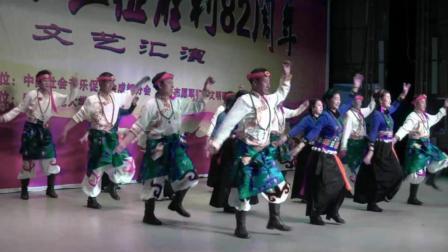美美的锅庄舞   酷酷的原汁原味地演绎民族舞蹈   你想看看吗