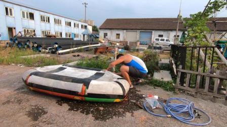 周未打算去河里划船橡皮圈的结果破了个洞