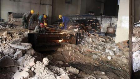 中润物业建北小区拆除废旧锅炉准备建养老院
