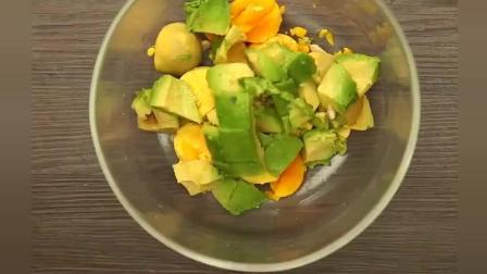 健康瘦身快手菜, 鸡蛋牛油果沙拉, 你想要营养都在了!
