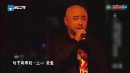 徐峥首登《中国好声音》导师转身后表情成亮点