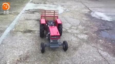 牛人自己做的迷你拖拉机, 开着走两步试试, 这载