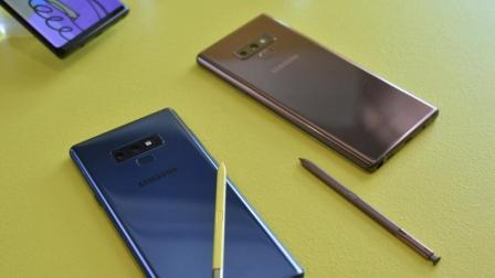 全面屏时代终结, 三星将在今年年底推出可折叠屏手机, 苹果压力山大!