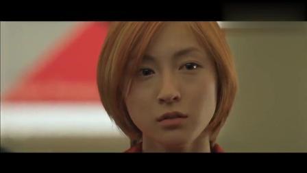 让·雷诺独战日本黑帮, 身份虽是警察, 却如同《这个杀手不太冷》