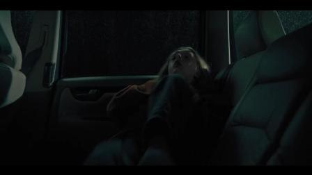 恐怖片《遗传厄运》在线观看: 哥哥午夜送妹妹看病, 惨遇割头杀!