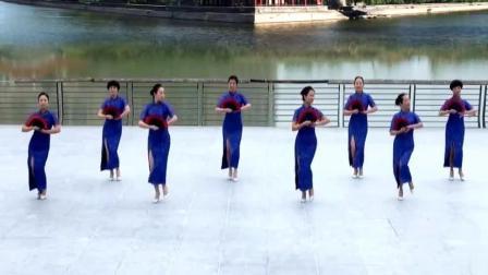 超美的旗袍扇子舞《中国旗袍》一遍看不够!