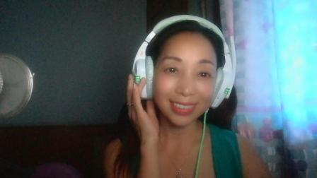 《追梦人》, 电视剧《雪山飞狐》经典歌曲, 村姑笑笑又是如何演绎的呢