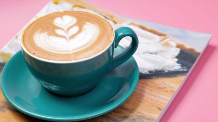 咖啡培训多少钱?上海飞航咖啡甜点培训学校咖啡拉花培训烘焙培训学校