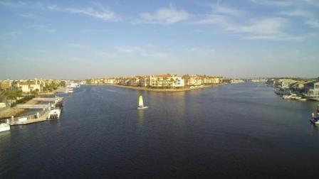 伊斯特本湾海峡群岛, 水上豪华别墅区