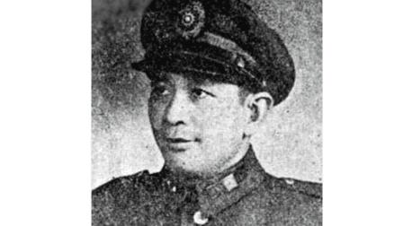 此人是国军叛跑将军, 活了103岁, 有一个很有出息的儿子, 众所周知