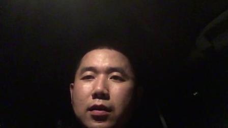 如何在床车里过夜, 看完这个视频你就明白