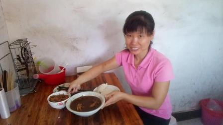 中国美食吃播视频 红烧半边鸭+炒空心菜叶子+炒空心菜梗子+炒萝卜干