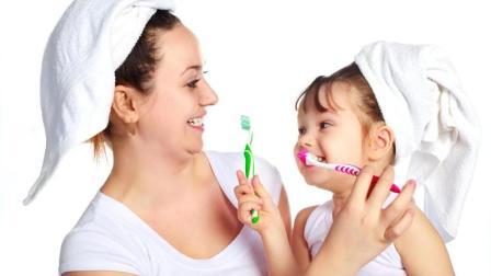 外国网友: 为什么中国人不刷牙? 他应该不知道现代牙刷就起源于中国