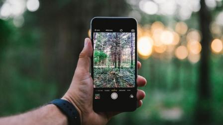 手机打开这个功能, 比单反相机都好用, 拍出来的照片也美