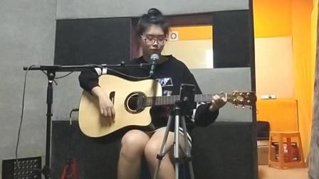 辽阳大喆现代音乐培训学校假期速成班学员李祉诺 吉他弹唱 远在北方孤独的鬼