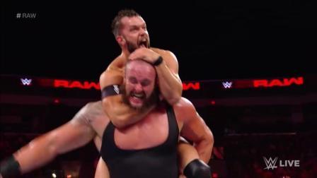 WWE芬巴洛尔VS黑羊 怪物之间的较量